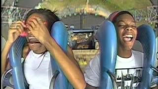 Kid passes out 1 second after take off on Sling Shot Ride