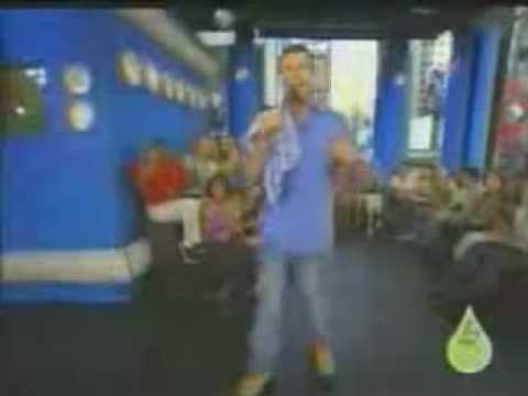 Mariah Carey on TRL - July 19, 2001