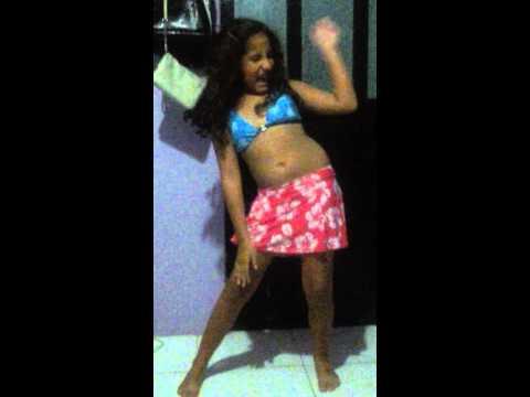 Nena bella canta baila Me gusta de yotuel