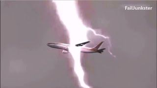 Amazing Airplane Struck By Lightning | Plane Crash