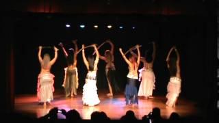 Dança da espada - III Raqs Sharqi Show