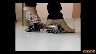 J - SlowMotion 300fps - Toy Truck 01