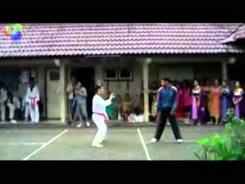 aksi gila tendangan maut taekwondo VS Dance.flv