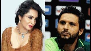 अच्छा तो इसलिए इस क्रिकेटर ने कि अपनी ही बहन से शादी...