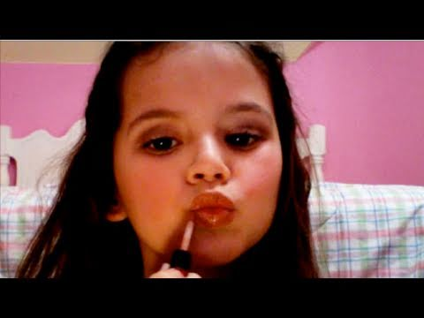 Everyday Natural Neutral MakeUp Tutorial by Emma, cute little kid 7 years old makeup