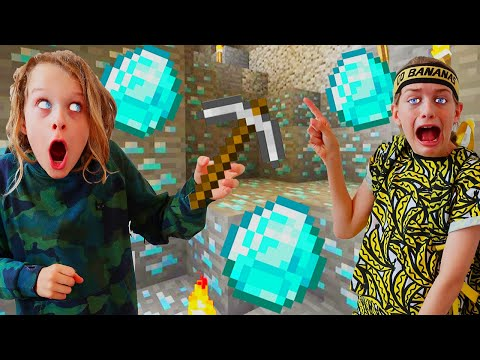 WHO CAN FIND DIAMONDS FIRST MINECRAFT Gaming w The Norris Nuts