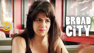 Broad City - Classic Val