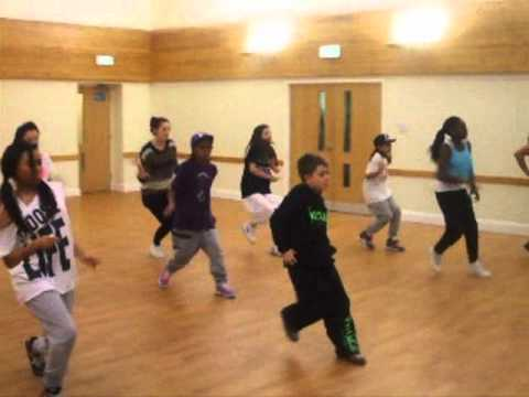 Class Crew street dance workshop with Marlon Swoosh from Flawless