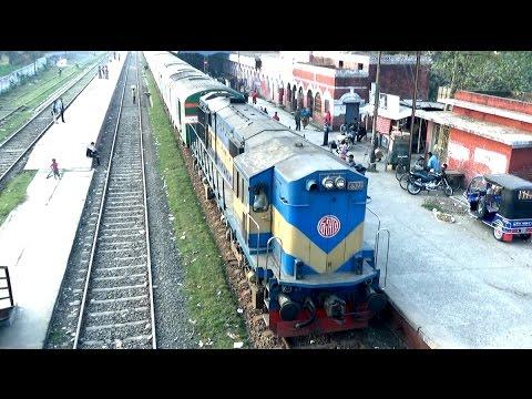 Xxx Mp4 Sundarban Express Train সুন্দরবন এক্সপ্রেস ট্রেন Leaving Jessore Railway Station 3gp Sex
