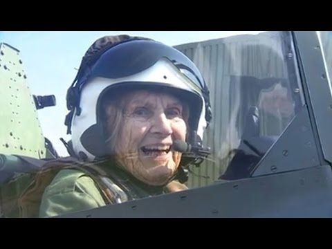 92-Year-Old Female Spitfire Pilot Returns to the Skies