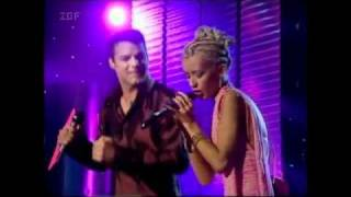 Christina Aguilera ft Ricky Martin - Nobody Wants To Be Lonely HD