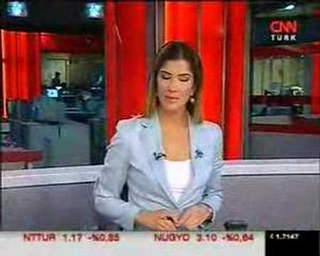 İpek Kaplan CNNTURK Haber Spikeri