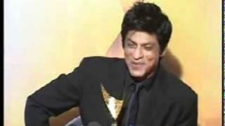 King Khan Shahrukh Khan ,Vidya & Anushka Sharma At Apsara AWARDS 2011