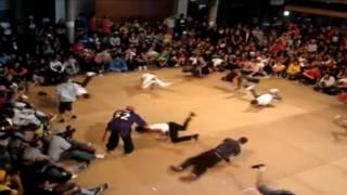IBE 2009 CHAMPION JACKHAMMER ENFANT PERDU Mi.K.L Easyman IBE 2009 LONGEST BBOY MOVE 70 JUMPS