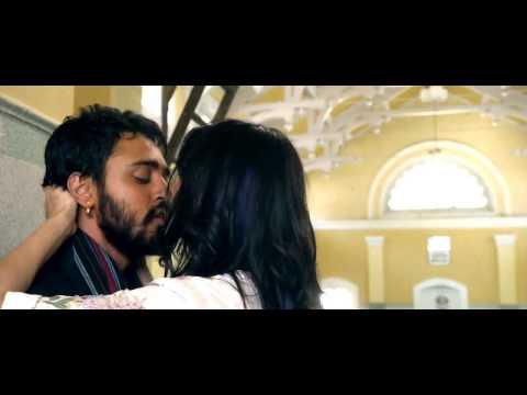 Anushka Sharma Hot Kissing Scene from Matru ki Bijlee ka Mandola 2013