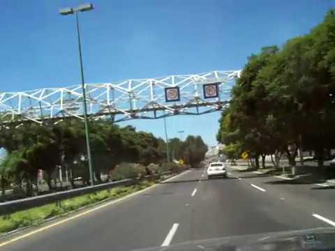 Non Stop Cruzando la Ciudad de Queretaro Mexico