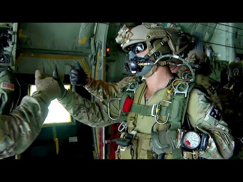 watch U.S. Army Special Forces Green Berets - High Altitude Jump