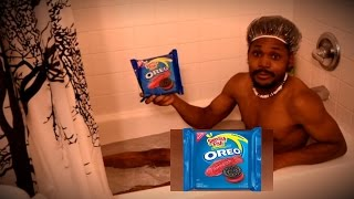 THE BRAND NEW SWEDISH FISH OREO (IT'S REAL GUYS) [UNBOXING/REVIEW]