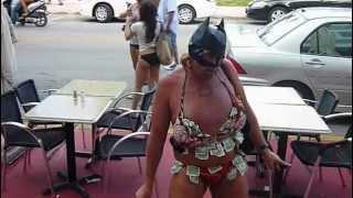A weird guy from Miami Beach :O