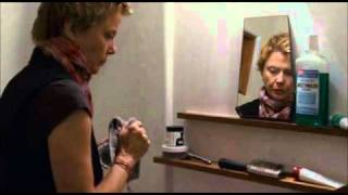 Annette Bening - The Kids Are All Right (scene)
