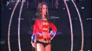 Britney Spears- Circus (TCSBS Dvd Live In Copenhagen)