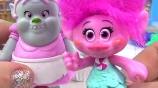 Dreamworks TROLLS Movie, Song and Dance Poppy & Branch, Cooking Cupcakes with Bergen Bridget