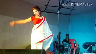 Tip tip barsa   Bhojpuri stage show program 2017   Latest Bhojpuri Arkestra   desi dancer 3