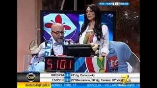Marika fruscio Nuda si spoglia e fa vedere le tette in diretta (Fiorentina - Napoli 1-3 Coppa Italia