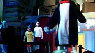 xuxa dança do pinguim