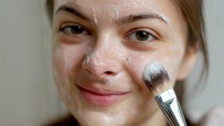 DIY Brightening Vitamin Face Mask
