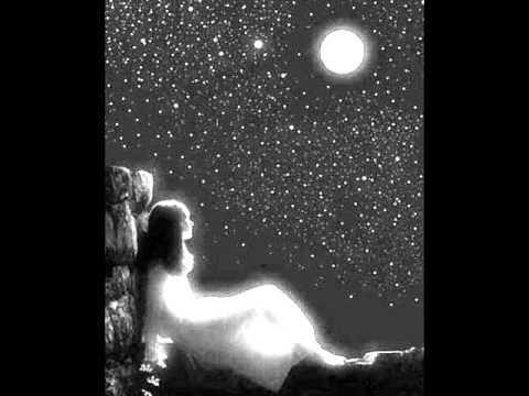 แสงจันทร์ มาลีฮวนน่า
