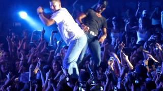 Luke Bryan Country Girl/Country boy shakes it