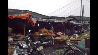 Pasar tradisional garut,pasar induk ciawitali garut