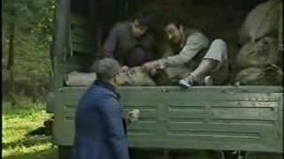 Slozna Braca 5 - Momci bacaju krompir u minsko polje