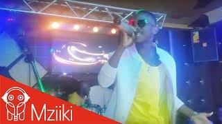 MAZOEA LIVE PERFOMANCE KAYUMBA #Openmic_Thursday  Ya Fid Q...!