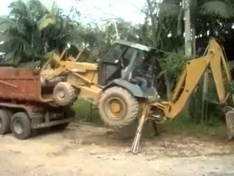 el mejor conductor de maquina excavadora