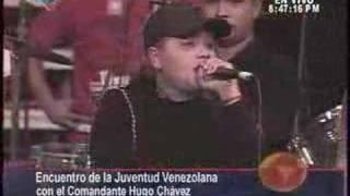 Contrapunteo entre una escuálida y una Chavista