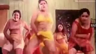 বাংলা সেক্সি পেশাদার মাগী দুধ এর বারি ভিডিও দেখে মাথা নষ্ট । Bangla moves hot videos 2016