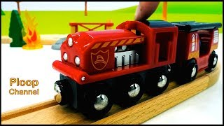 Toy Town - FIRE BRIGADE! - Brio Toys Unpacking Fire Station & Toy Train Railway - Lightning McQueen!