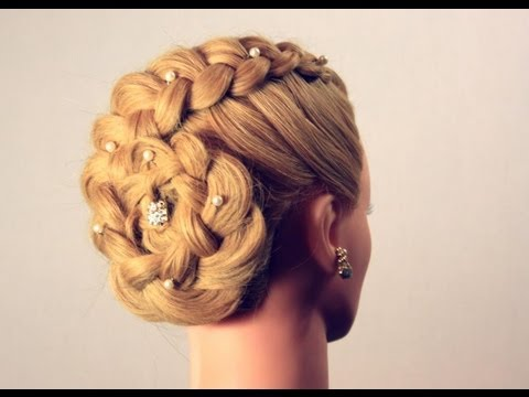 Причёски на волосы средней длины с плетением