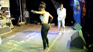 lol. A Female Student & Dancer Hit On The Buttocks Whiles Performing @University of Ghana
