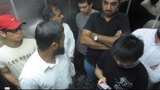 Elevator Farts in Saudi - مقلب الضراط في المصعد