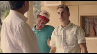 Fernando evita que Juan Rueda ingrese a Sergio en un centro - Mar de Plástico