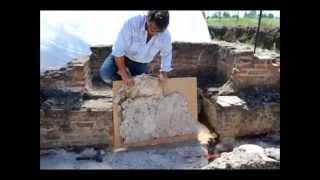 La dépose de la mosaïque du baptistère de Mariana