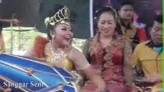 Mayang Cinde @Opat Mayang - Rampak Kendang