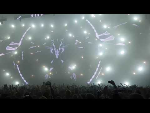 Intro Tiesto @ Don't Let Daddy Know Amsterdam 03-03-2017