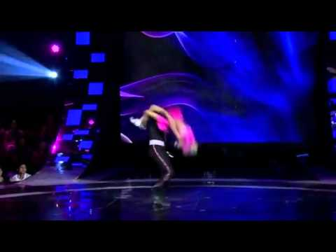 Sumant And Sonali - IGT 4 Awesome Salsa Performanc