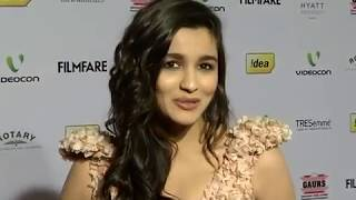 Alia Bhatt Goes Backless And Bold At The Film Fare Awards Nomination Party