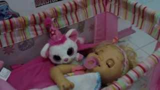 Cuidando da Charlie - minha Baby Alive Troninho Julia Silva