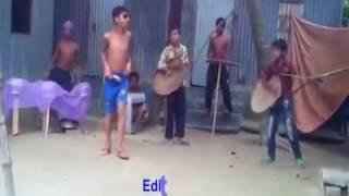 আমারে দরাই দিছে চেমরি আইক্কা আলা বাঁশ